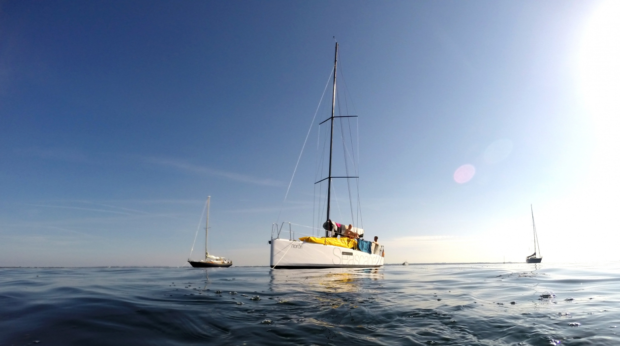 Seascape 27 anchoring