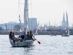 Sailing boat without wind becomes a paddle boat
